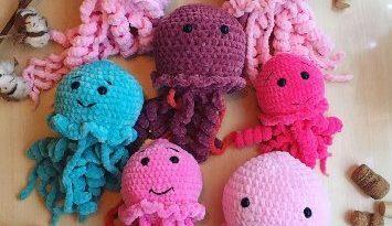Вязаные медузы крючком