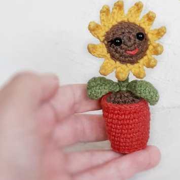 Цветок подсолнуха крючком