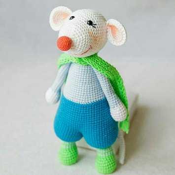 Мышонок амигуруми игрушка крючком