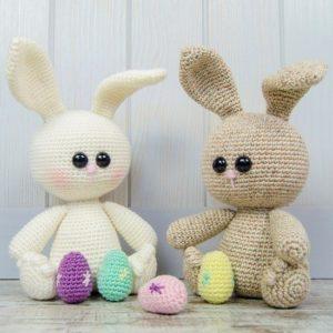 Пасхальные кролики амигуруми
