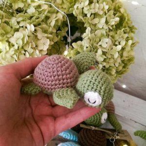Вязаная черепаха амигуруми
