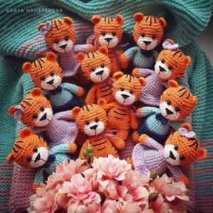 Вязаные тигрята амигуруми